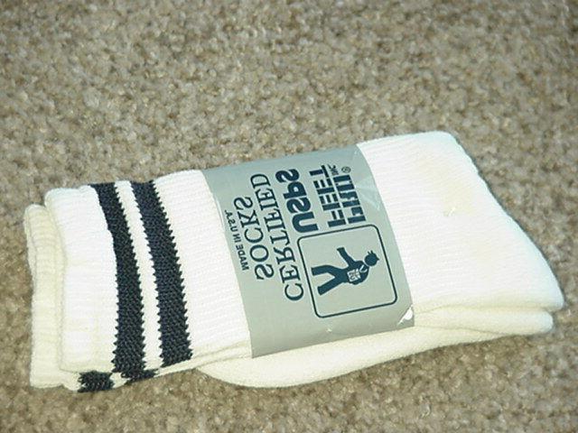 NEW Feet USPS Certified WHITE DOUBLE SZ